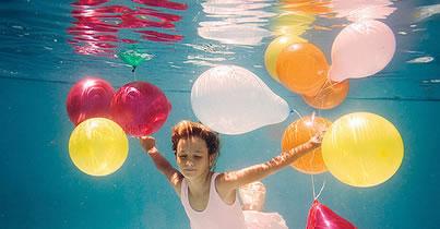 Balloons Underwater